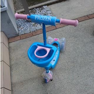 ディズニー(Disney)のアナ雪3輪キックボード(三輪車/乗り物)