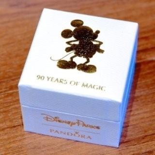 ディズニー(Disney)のミッキー 生誕90周年 限定チャー厶(チャーム)