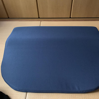 テンピュール(TEMPUR)の特大、首肩上半身安定枕エムール(枕)