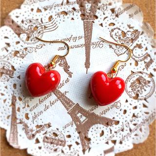 真っ赤なチョコのハートピアス ハンドメイド(ピアス)