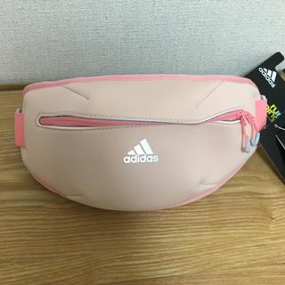 アディダス(adidas)の☆adidas アディダスランニング ウエストポーチ ☆(ボディバッグ/ウエストポーチ)