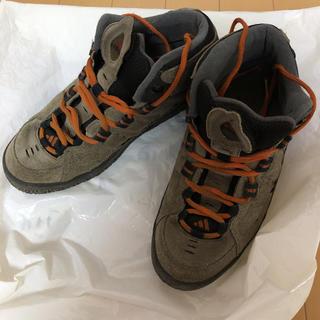 アディダス(adidas)のadidasアディダス★登山靴 シューズ ハイカット(登山用品)