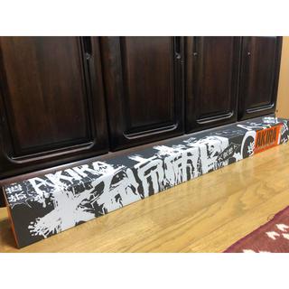 アキラプロダクツ(AKIRA PRODUCTS)のAKIRA wall art calender 缶バッチ付き(カレンダー/スケジュール)