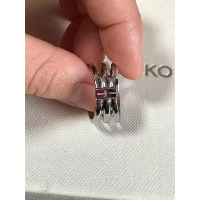 Michael Kors(マイケルコース)のMICHEAL KORS 指輪、シルバーリング レディースのアクセサリー(リング(指輪))の商品写真