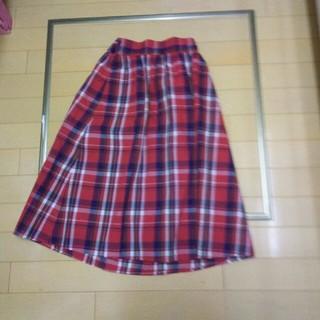 ジーユー(GU)のGU ジーユー 赤チェック スカート 140(スカート)