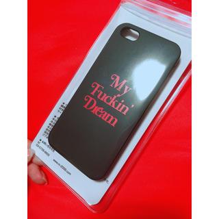 エム(M)のiPhone5 iPhone5S My Fuckin Dream カバー 黒(iPhoneケース)