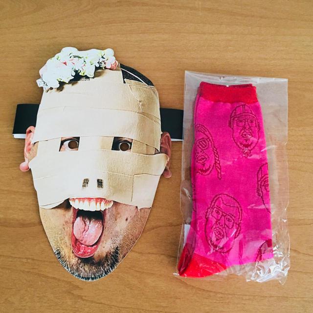 【きょん太郎様専用】野性爆弾 くっきー 靴下 レディース エンタメ/ホビーのタレントグッズ(お笑い芸人)の商品写真
