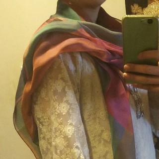 値下げします。高級シルクスカーフ(スカーフ)