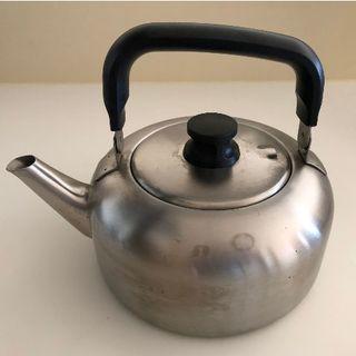 ムジルシリョウヒン(MUJI (無印良品))の無印ステンレスケトル L 約2L(鍋/フライパン)