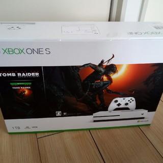 エックスボックス(Xbox)のXbox One S(家庭用ゲーム本体)