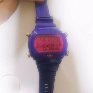 アディダス(adidas)の美品adidas♥️デジタルウオッチ♥️(腕時計(デジタル))