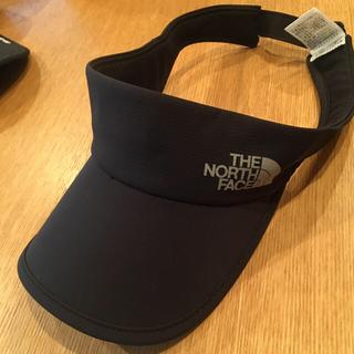 ザノースフェイス(THE NORTH FACE)のTHE NORTH FACE スワローテイルバイザー NN0167 黒 Mサイズ(ランニング/ジョギング)