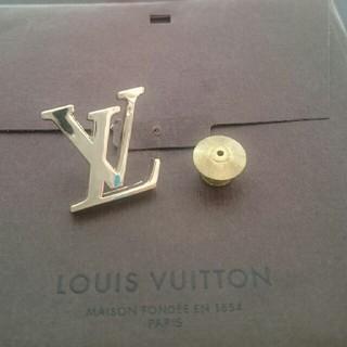 ルイヴィトン(LOUIS VUITTON)のルイヴィトン ピンバッチ(ブローチ/コサージュ)