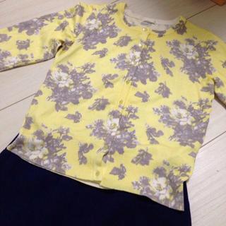 ジーユー(GU)のgu 花柄ニットカーディガン フラワー(カーディガン)