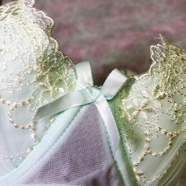 tutuanna(チュチュアンナ)の【新品】ブラ(E75)【tutuanna】 レディースの下着/アンダーウェア(ブラ)の商品写真