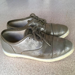 ケッズ(Keds)のシルバー✨kedsサドルシューズ 23.5cm(ローファー/革靴)