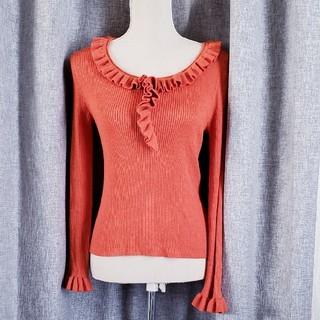 スキャパ(SCAPA)の大変美品 SCAPA  エンジ色 綺麗な襟あきのリブニット ウール 100(ニット/セーター)