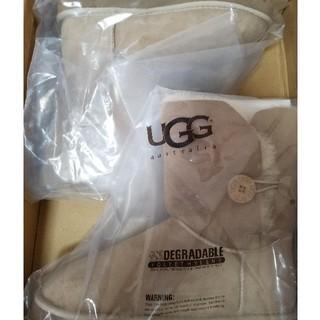 アグ(UGG)の新品未使用 UGG ボタンショート(ブーツ)
