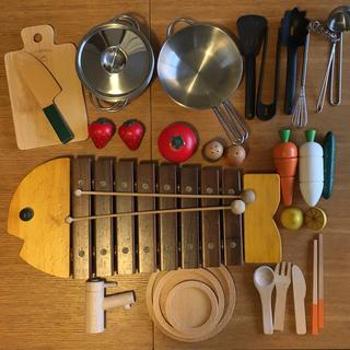 ボーネルンド(BorneLund)のボーネルンドおさかなシロフォン + 木製おままごとセット(楽器のおもちゃ)