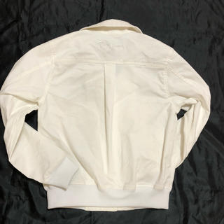 キムジョーンズ(KIM JONES)の美品 キムジョーンズ ジャケット ホワイト GUコラボ(Gジャン/デニムジャケット)