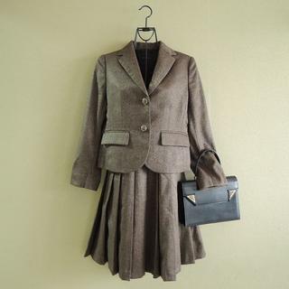 ドゥーズィエムクラス(DEUXIEME CLASSE)のドゥーズィエムクラス プリーツスカートスーツ C5606(スーツ)