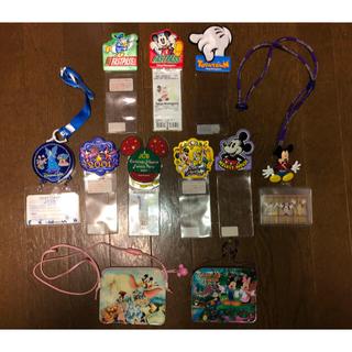 ディズニー(Disney)のレトロ ディズニーランド シーパスケース パスポートケースセット ミッキーミニー(キャラクターグッズ)