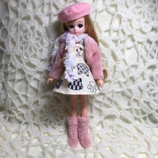 90478f458c51a リカちゃんハンドメイド服 猫ちゃん柄のワンピース5点セット(人形)