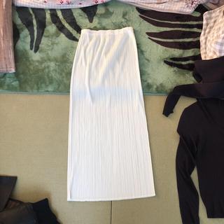 プリーツプリーズイッセイミヤケ(PLEATS PLEASE ISSEY MIYAKE)のプリーツプリーズのロングスカート(ロングスカート)