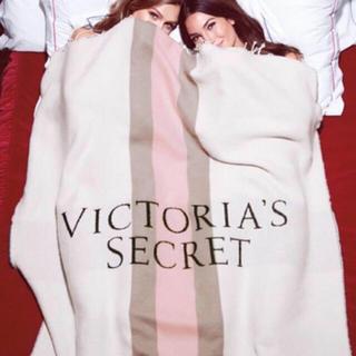 ヴィクトリアズシークレット(Victoria's Secret)の新品タグ付☆ビクトリアズシークレット ブランケット(毛布)