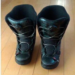 ケーツー(K2)のK2キッズジュニアスノーボードブーツ 21センチ ブラック 美品(ブーツ)