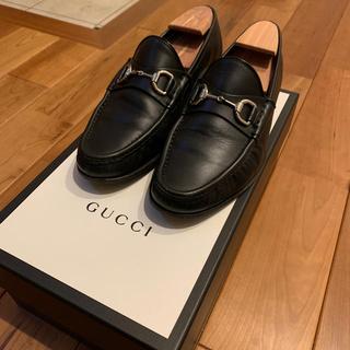 グッチ(Gucci)のGUCCI ホースビットローファー シルバー(ドレス/ビジネス)