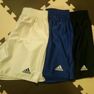 アディダス(adidas)のサッカー用ズボン♪(ハーフパンツ)