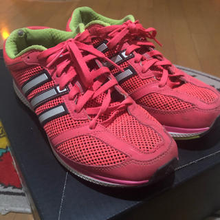 アディダス(adidas)の陸上 ランニングシューズ(陸上競技)