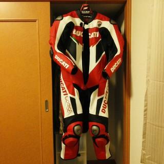 ドゥカティ(Ducati)のDUCATI+DAINESEレーシングスーツ(装備/装具)