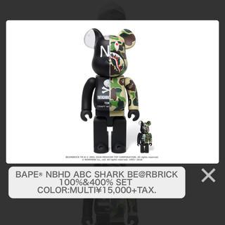 アベイシングエイプ(A BATHING APE)のBBEAPE® NBHD ABC SHARK100%&400% SET(その他)