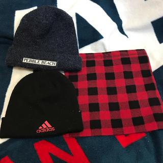 アディダス(adidas)のニット帽、ネックウォーマー(ニット帽/ビーニー)