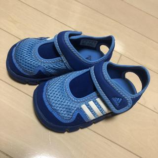 アディダス(adidas)のサンダル(サンダル)