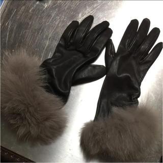 フォクシー(FOXEY)のフォクシーブティック foxey レザー ファー 手袋 グローブ(手袋)