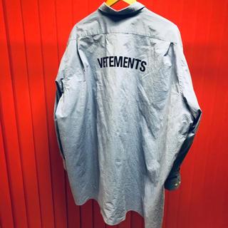 バレンシアガ(Balenciaga)のVetements オーバーサイズシャツ(シャツ)