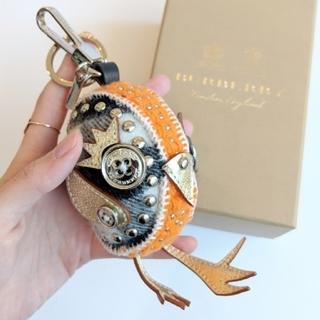 バーバリー(BURBERRY)の【新品】Burberry バーバリー カシミヤ バード バッグチャーム (キーホルダー)