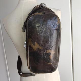 アニアリ(aniary)のアニアリ Aniaryカモフラ柄レザーボディバッグ11ー07000中古カモフラ(ボディーバッグ)