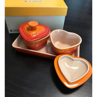 ルクルーゼ(LE CREUSET)の【新品LE CREUSET】ココットセット オレンジ(食器)
