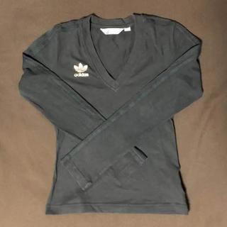 アディダス(adidas)のadidas original VネックロングTシャツ(XS)(カットソー(長袖/七分))