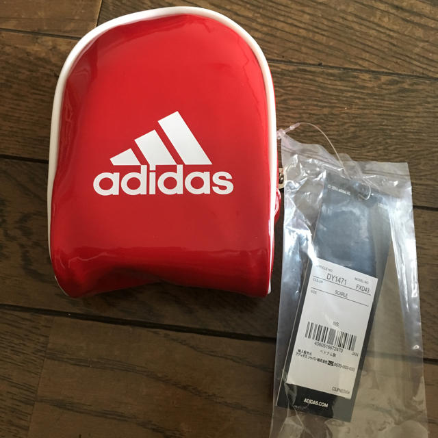adidas(アディダス)のアディダスのポーチ メンズのバッグ(ウエストポーチ)の商品写真