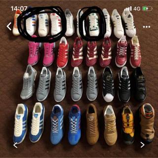 アディダス(adidas)のK様専用*ˊᵕˋ*  アディダス スニーカー  4個(置物)