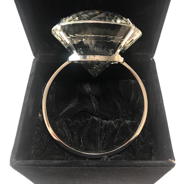 巨大リング 婚約指輪 レディースのアクセサリー(リング(指輪))の商品写真