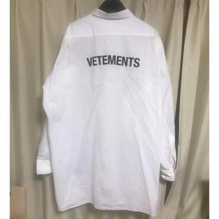 バレンシアガ(Balenciaga)のVETEMENTS オーバーサイズシャツ 白 サイズS(シャツ)