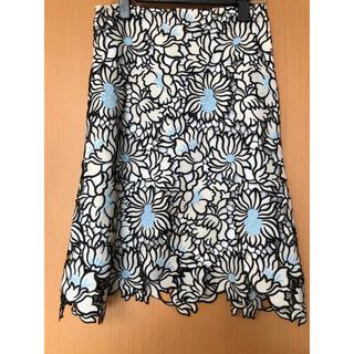 シックウィッシュ(Chicwish)のchicwish 花柄スカートひざ丈スカート(ひざ丈スカート)