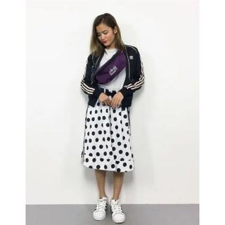 アディダス(adidas)のAdidas Originals WOMEN MIDI SKIRT 美品。値下げ(ひざ丈スカート)