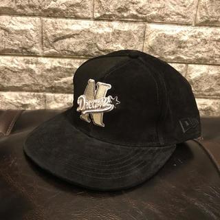 ナイトロウ(ナイトレイド)(nitrow(nitraid))の美品 Nitrow ナイトロウ NEWERA ニューエラ キャップ CAP 帽子(キャップ)